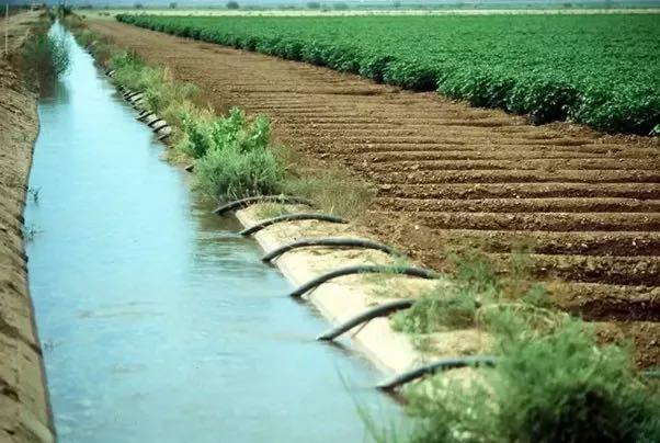 کانال های  آبیاری