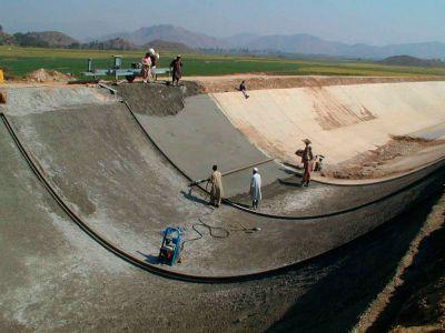 عوامل موثر بر انتخاب پوشش کانال آبیاری